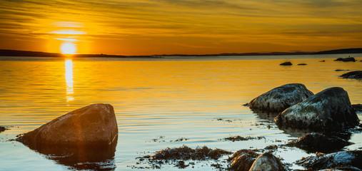 Zachód słońca w Parku Narodowym Ytre Hvaler w Norwegii