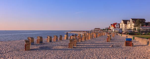 Ostseebad Laboe mit Strandkörben am Strand, Banner, Panorama Fototapete