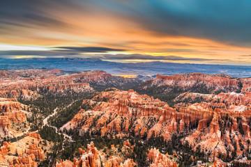 Fototapete - Bryce Canyon National Park, Utah, USA at dawn.