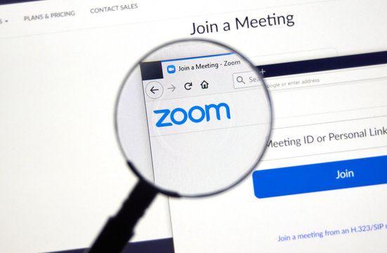 Zoom Communications official website and logo.