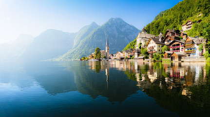 Fototapeten Schiff Hallstatt mountain village in the Alps, Salzkammergut, Austria