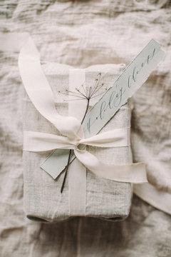 organic gift wrapping