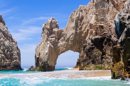 Famous rock arch in Cabo San Lucas, Baja California Sur, Mexico