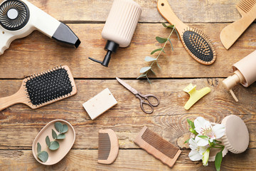 Fotorolgordijn Kapsalon Set of hairdresser's accessories on wooden background
