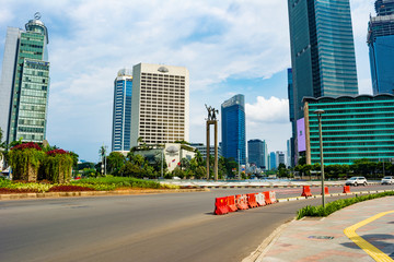 Jakarta, Indonesia - 3rd Apr 2020: Deserted Jakarta streets in Bundaran HI (HI Roundabout). People are staying at home (working from home) due to dear of covid-19. Papier Peint
