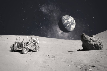 Keuken foto achterwand Heelal Astronaut on rock surface with space background. Elements of this image furnished by NASA