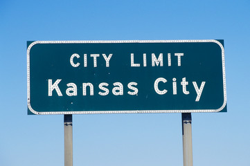 Wall Mural - A sign that reads ÒCity Limit Kansas CityÓ