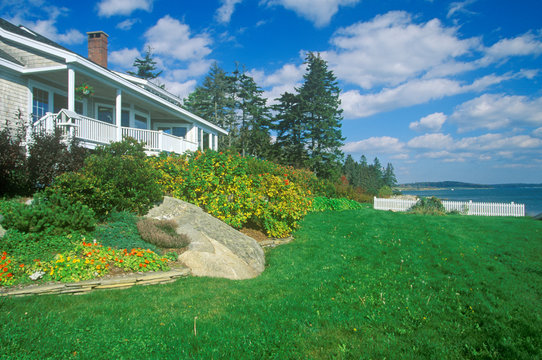 Home with a view of Spruce Head Harbor, ME