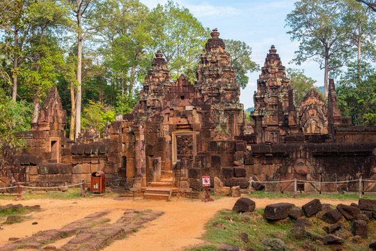 Banteay Srei temple a 10th-century Cambodian temple dedicated to the Hindu god Shiva made by pink/red sandstone in Siem Reap, Cambodia.