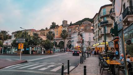 Stadtzentrum von Cannes, Frankreich Fototapete