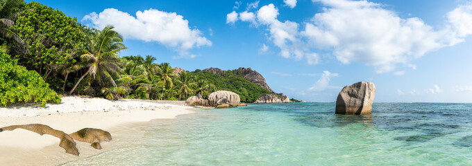 Panoramic view of Anse Source d'Argent beach in the Seychelles Fototapete