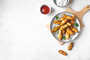 Fotobehang - Baked potato wedges