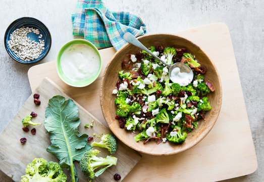 Broccoli Bacon Salad with dried cranberry, goat cheese, sunflower seeds and a creamy yoghurt dressing