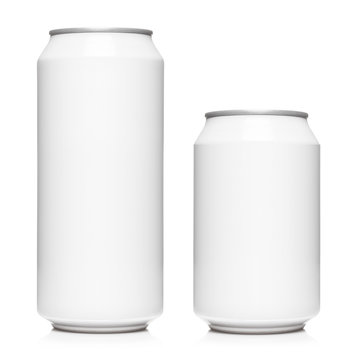 White 500ml and 330ml aluminium cans, isolated on white background