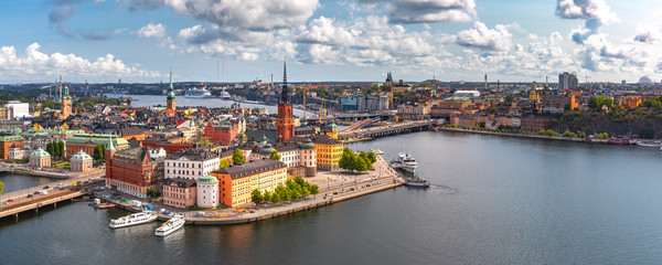 Scenic summer aerial panoramic view of Gamla Stan in the Old Town in Stockholm, capital of Sweden Fototapete