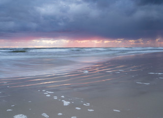 Fototapeta Wschód słońca na wybrzeżu Bałtyku obraz