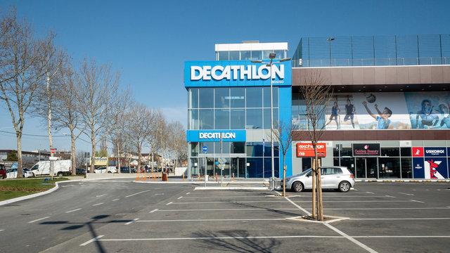 New Decathlon Shop in Belgrade Serbia