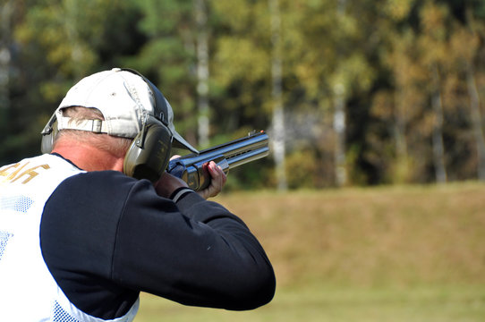hunter shooting target
