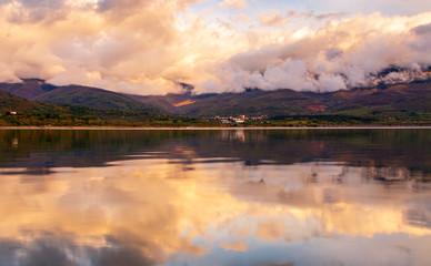 Foto auf Gartenposter Reflexion REFLECTIONS CLOUDS
