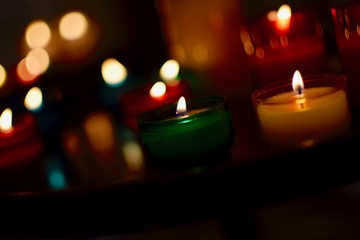 Fotomurales - Close-up Of Illuminated Tea Light Candles
