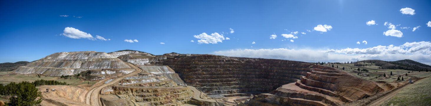 Panoramic view of the Victor Cresson Mine, an active open pit gold mine in Cripple Creek, Colorado, USA