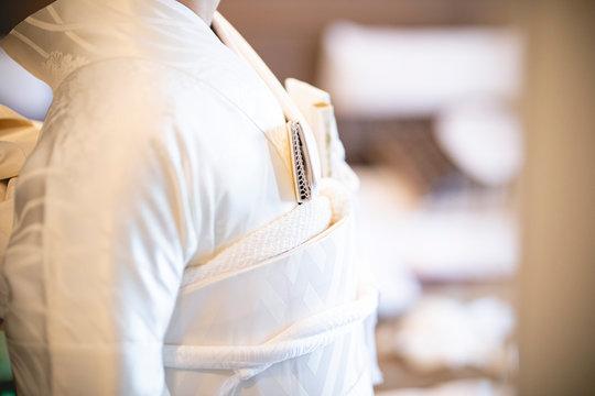 The bride's pure white kimono