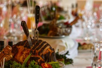 Obraz Swiąteczny stół, szynka, Święta wielkanocne - fototapety do salonu