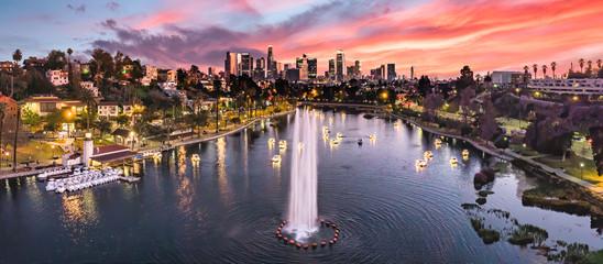 Fototapete - Los Angeles overlooking Echo park