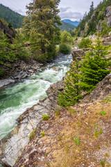 Fototapete - Majestic mountain river in Vancouver, Canada.
