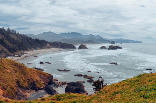 View from Ecola State Park looking south toward Cannon beach and haystack rock, Oregon Coast