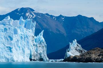 brown perito glacier / glaciar perito moreno / geleira perito moreno