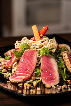 Asian Ahi Tuna Salad