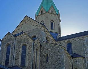 St. Ludgerus Basilika in Essen-Werden, gebaut 1250, Foto vom 10.4.2020, redaktionell