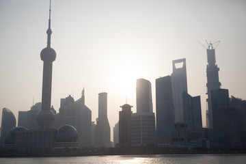 Huangpu River In Front Of Oriental Pearl Tower Amidst Buildings In City Against Clear Sky Fototapete