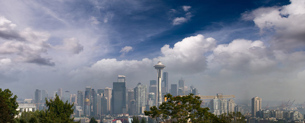 Fototapete - Panoramic aerial view of city buildings, Seattle, WA - USA
