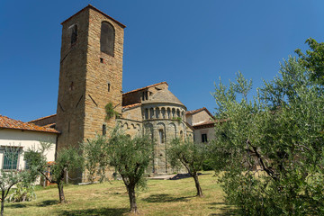 Fototapete - Medieval church of Gropina, Tuscany, exterior