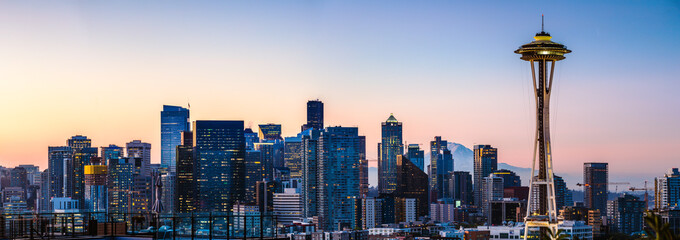The Space Needle and skyline at dawn, Seattle, USA Fotomurales