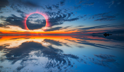 Fotomurales - Beauty sunset over the sea - Beautiful landscape with solar eclipse