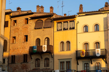 Wall Mural - Arezzo, Tuscany: historic buildings in Piazza Grande