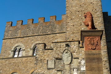 Wall Mural - Poppi, Tuscany and the castle