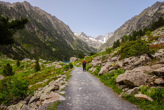 Lake Gaube trekking from Pont d'Espagne, French Pyrenees
