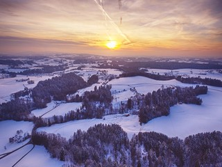 Foto auf AluDibond Aubergine lila Scenic View Of Snow Covered Landscape At Sunset