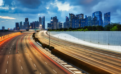 Fotomurales - Singapore cityscape skyline during sunset with traffic - Transportation