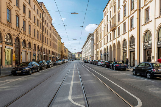 Munich Maximilianstrasse - Empty streets