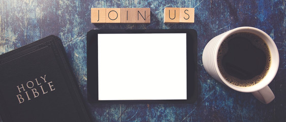 Join Us in Block Letters on a Wooden Table with Bible and Tablet Fototapete