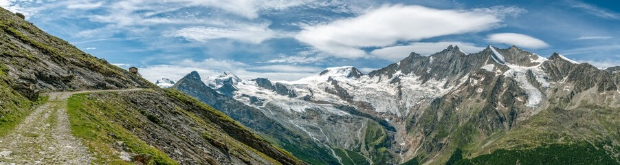 Wall Mural - Hiking trail in Swiss Alps close to Kreuzboden