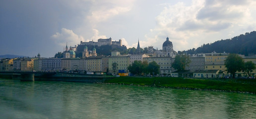 Foto op Plexiglas Buenos Aires Panorama of the city of Salzburg. Austria