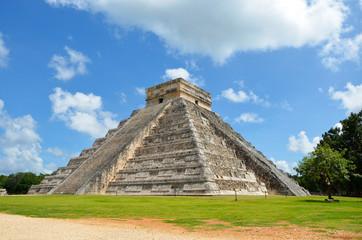 Fototapeta Piramida Majów w Chichen Itza -  Meksyk obraz