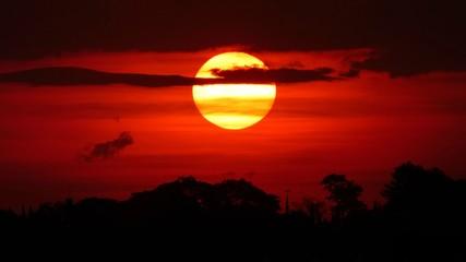 Photo sur Aluminium Rouge traffic O Sol que nos aquece!