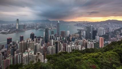 Fotomurales - Hong Kong China - Dramatic sunrise from Victoria peak, Time lapse